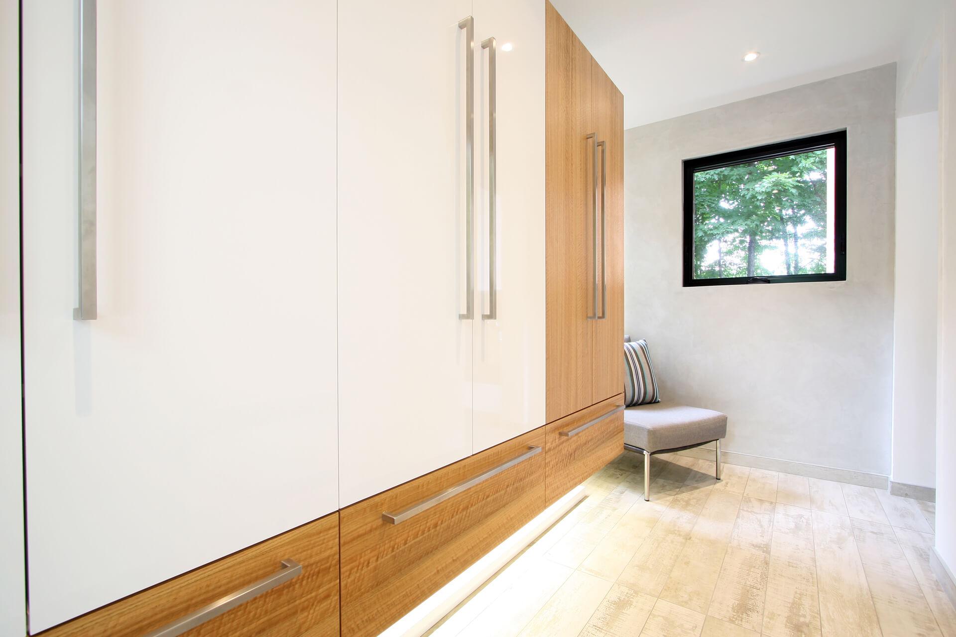 hall d entr e et rangement christian marcoux. Black Bedroom Furniture Sets. Home Design Ideas